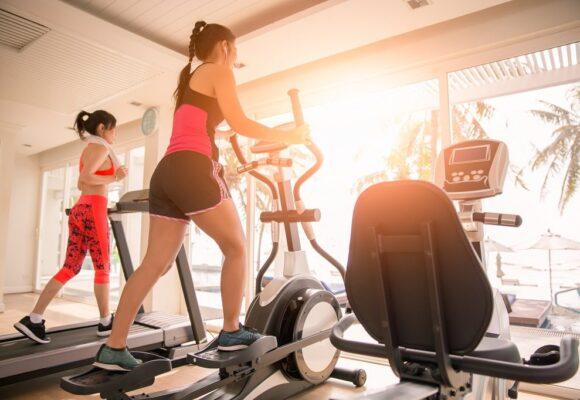 Lequel choisir pour maigrir : vélo elliptique ou vélo d'appartement ?